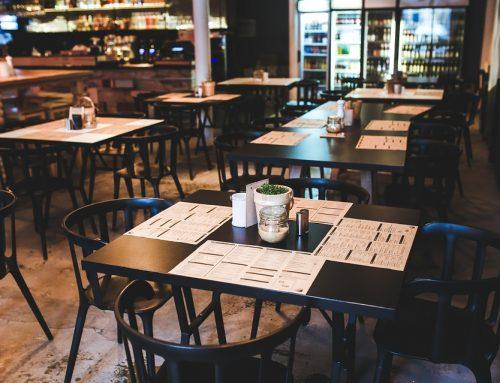 Маси и столове за заведения