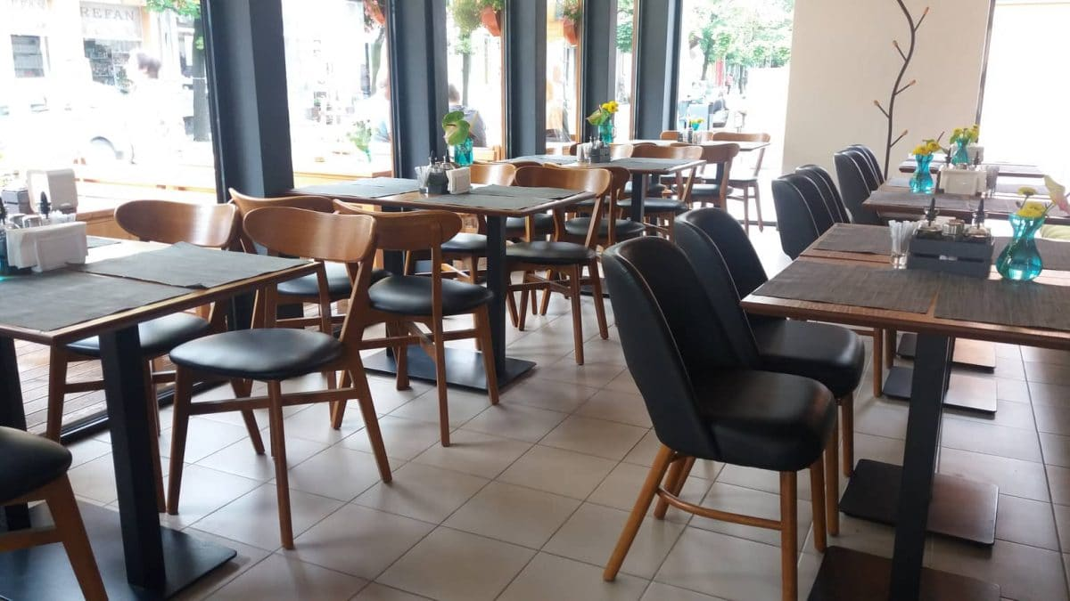 for friends bar diner 1