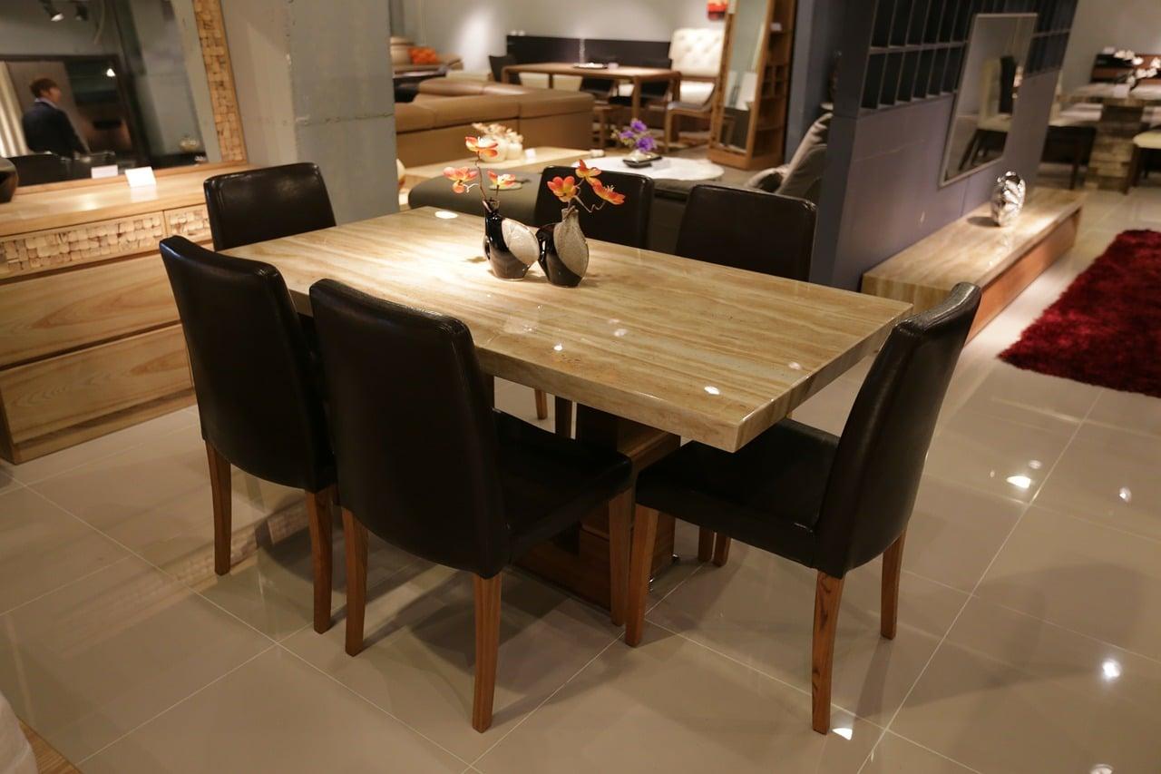 столове за луксозен дом