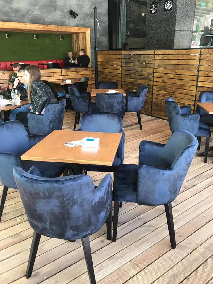Lavazza Coffee & Cocktails Club столове