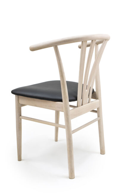 Massive wood chair made of beech or oak - 1326S